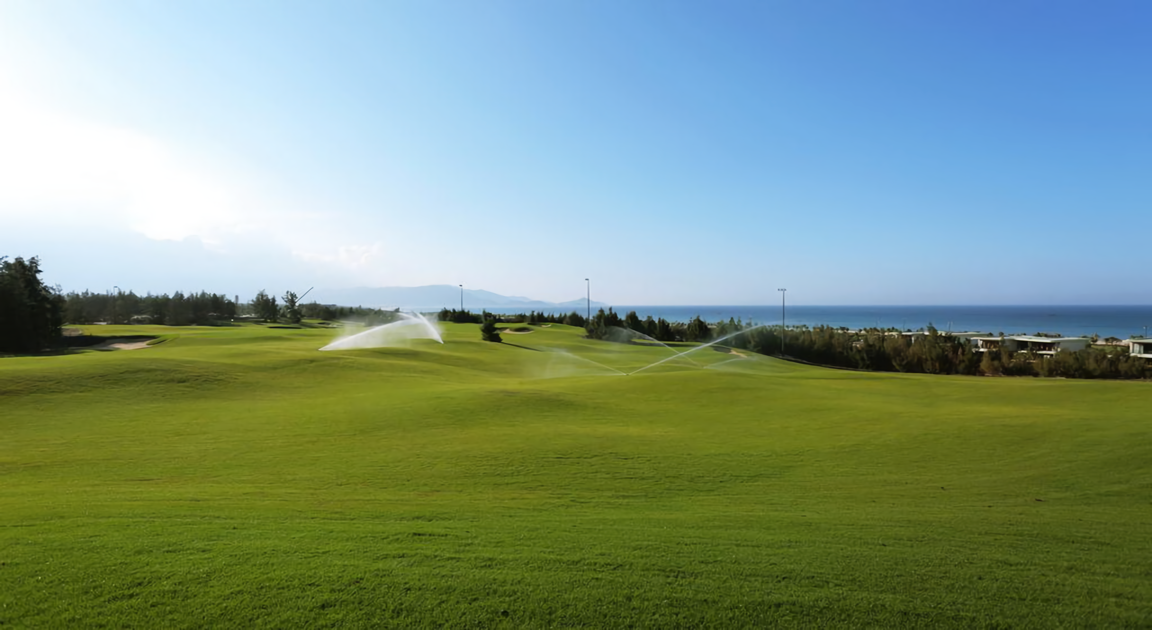 FLC 퀴논 골프 & 비치 리조트